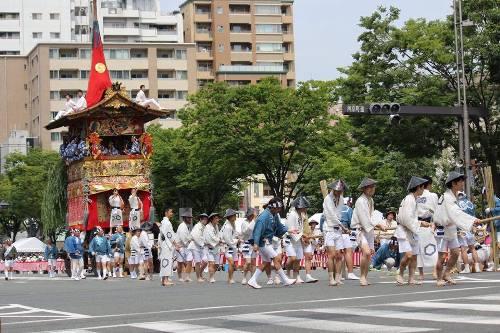Nhật Bản với nhiều lễ hội hấp dẫn thu hút nhiều du khách. Ảnh: Văn Trãi.